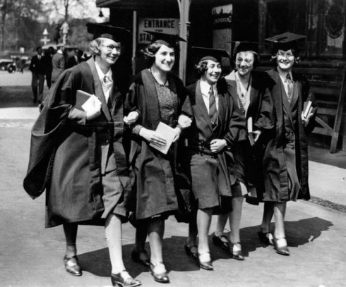 women graduates_0
