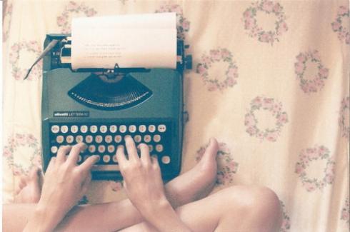 floral-pattern-piano-typewriter-vintage-writing-machine-Favim.com-79331