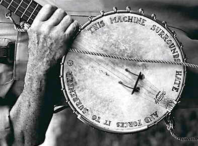 This machine surrounds hate - Pete Seeger's banjo-8x6