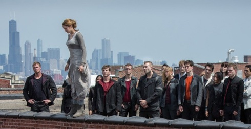 Divergent-roof-jumping-scene